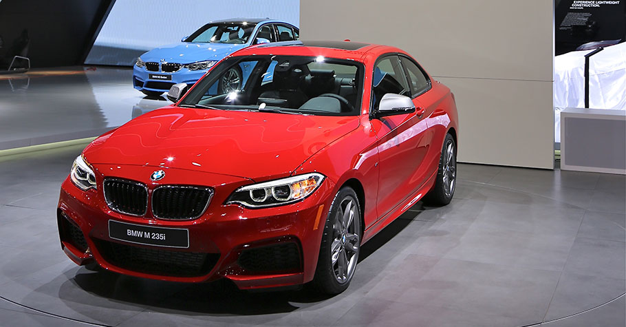 Interview at the BMW 2er Series Coupe - BMW M235i