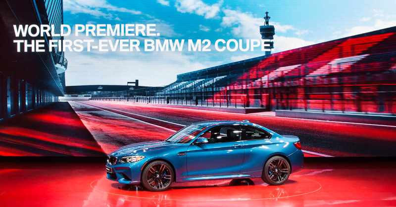 BMW M2 live in Detroit – Video shows M Coupé in motion!