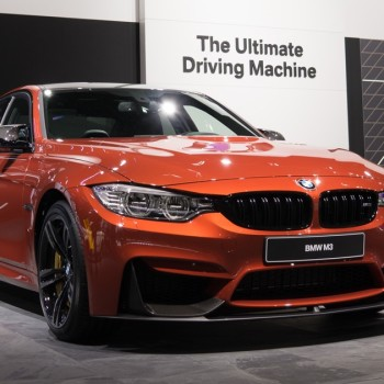 BMW M3 F80 in Sakhir Orange mit BMW M Performance Zubehör - NAIAS, Detroit 2016