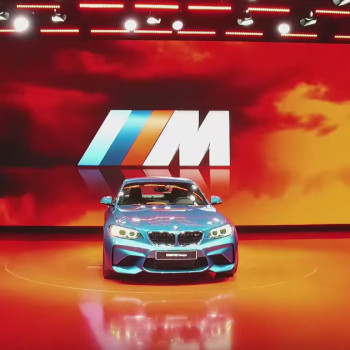 BMW at 2016 NAIAS, Detroit - Video