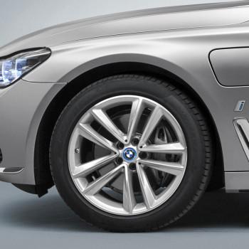 BMW 740e iPerformance (G11) - Detail - Front-/Seitenansicht
