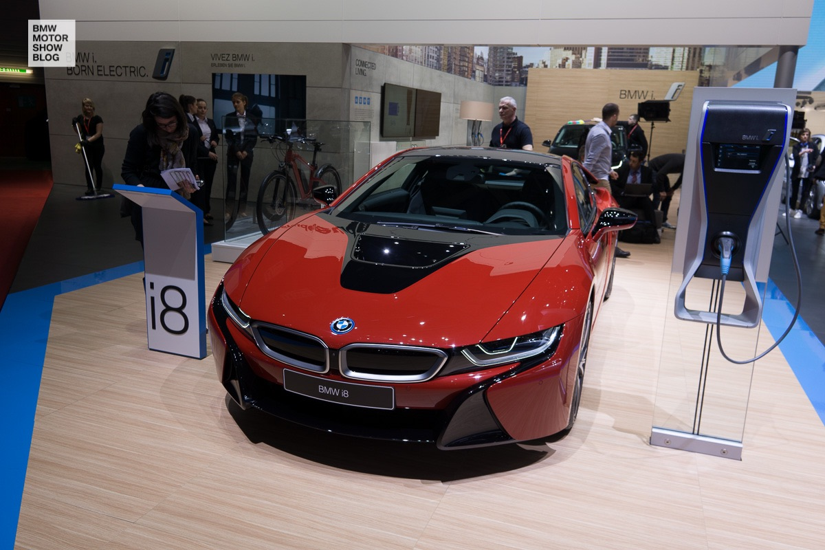 BMW at the 86th Geneva International Motor Show 2016 - Day 1 - BMW i8 Protonic Red Edition