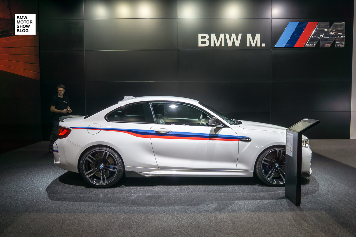 Bmw m2 coup mit m performance zubeh r premiere auf dem for M and m motors