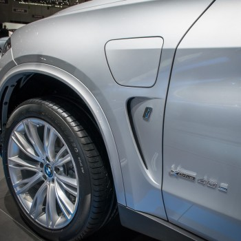 BMW X5 xDrive40e iPerformance at Geneva Motor Show 2016
