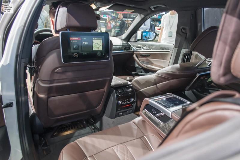 BMW 5 Series Sedan Long Wheelbase for China - live at Auto Shanghai