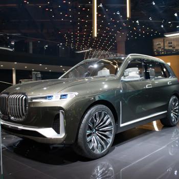 BMW-Concept-X7-Live-IAA-2017-5
