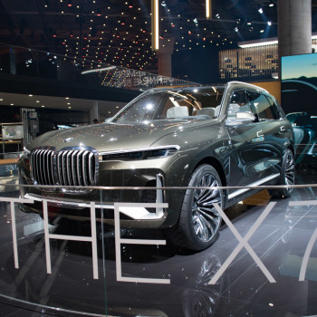 BMW-Concept-X7-Live-IAA-2017-7