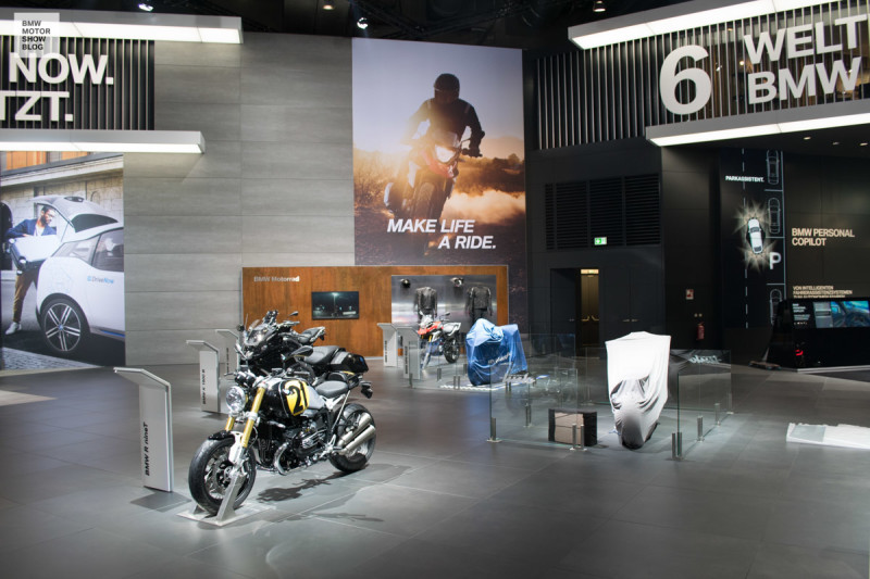 BMW-Messestand-IAA-2017-BMW-i-10