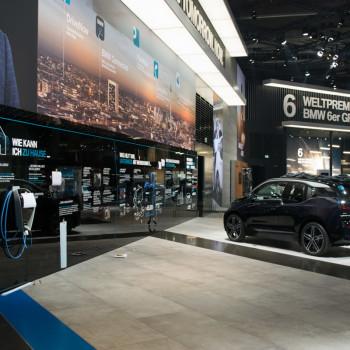 BMW-Messestand-IAA-2017-BMW-i-4
