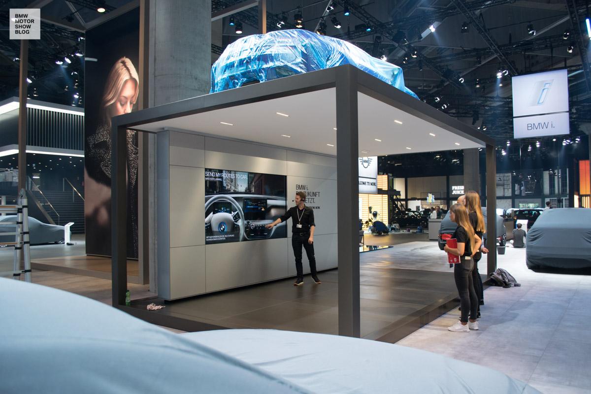 bmw messestand iaa 2017 bmw i 7 motor show blog. Black Bedroom Furniture Sets. Home Design Ideas