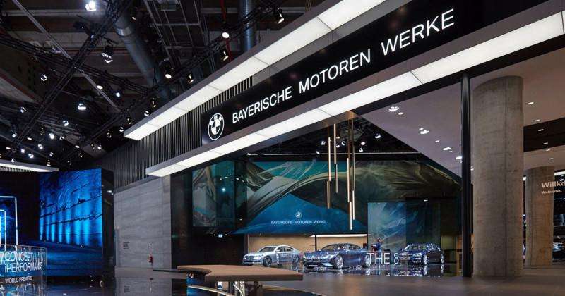 Im 360°-Video: Überflug über den BMW IAA Stand