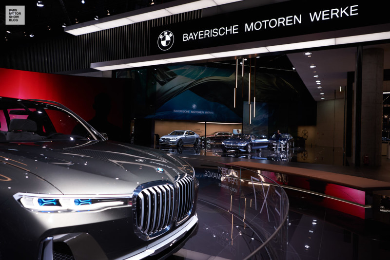 BMW Concept X7 iPerformance at the IAA 2017 in Frankfurt
