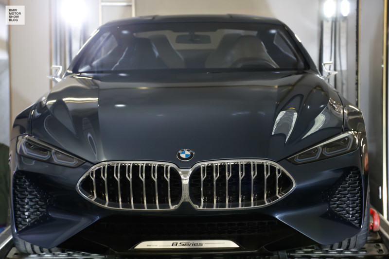 BMW at the IAA Cars - Preview - Loading in Munich - BMW Concept 8er