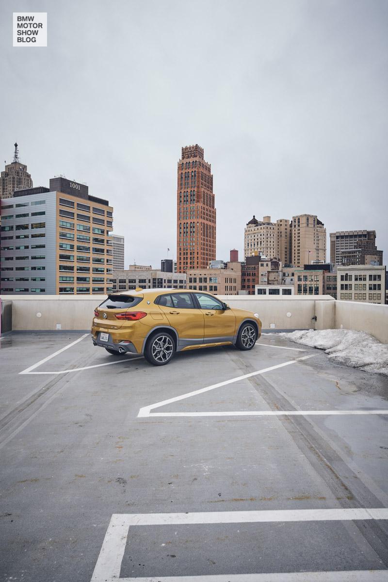Der BMW X2 in Detroit - Z Garage