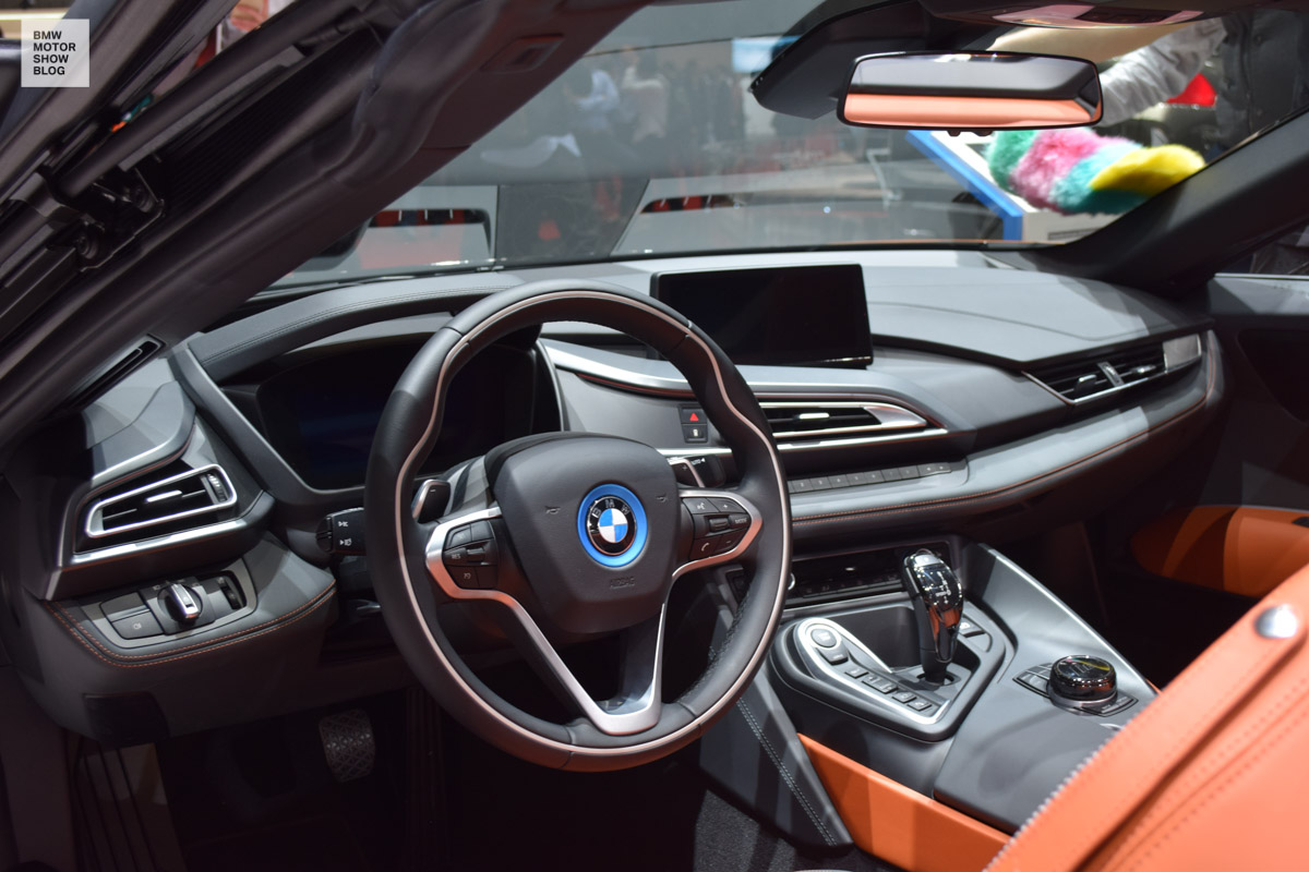 BMW-i8-Roadster-live-in-Genf-10