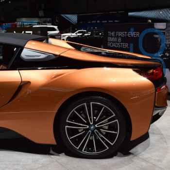 BMW-i8-Roadster-live-in-Genf-5