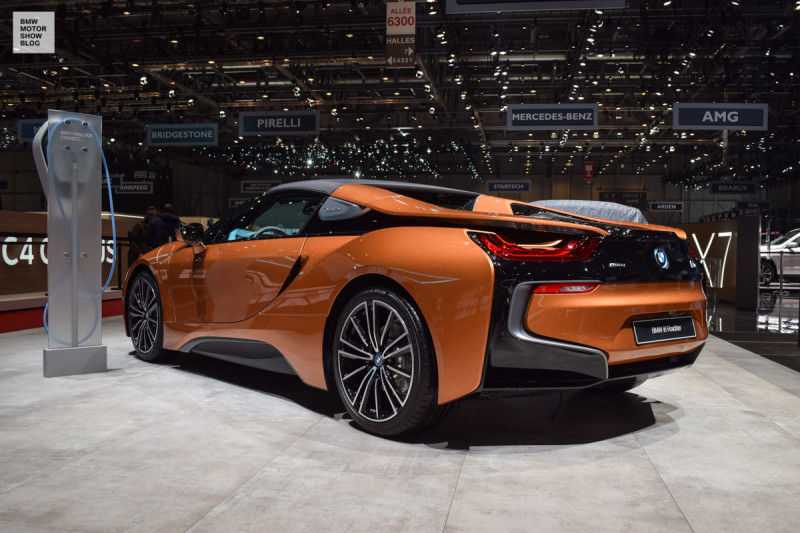 BMW-i8-Roadster-live-in-Genf-6